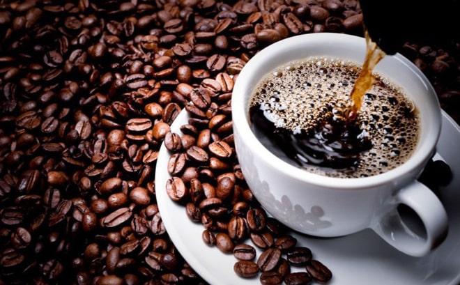 cà phê đen đá robusta