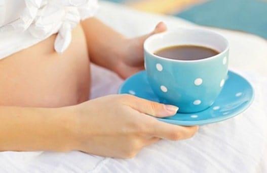 bà bầu có nên uống cà phê
