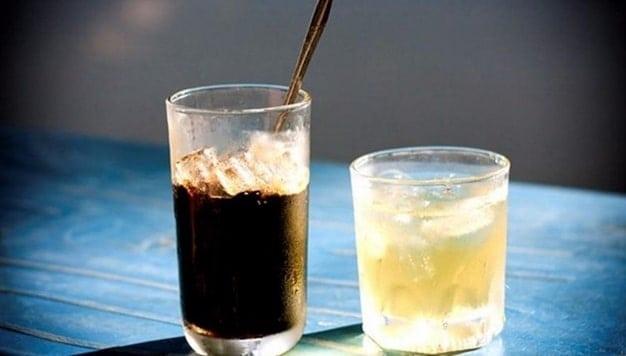 chữa say cà phê bằng nước lọc