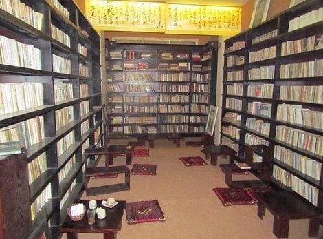 Điểm danh 6 quán cà phê sách ở Hà Nội vô cùng đẹp và ấn tượng